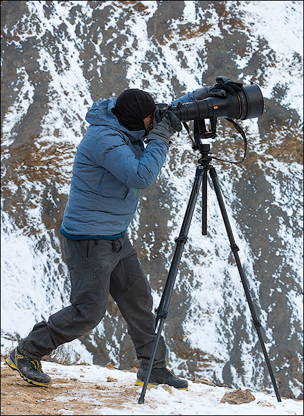 Nathaniel on location in the Himalayas photographing raptors. – India, 2015